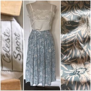 Vintage box pleat midi skirt